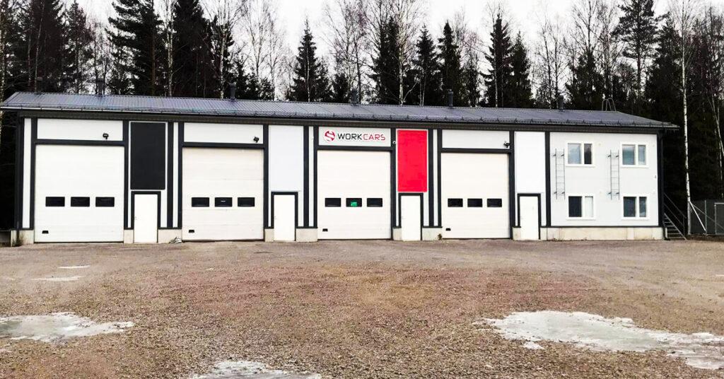 Toiminnan kasvu pakottaa Work Carsin uusiin isompiin tiloihin